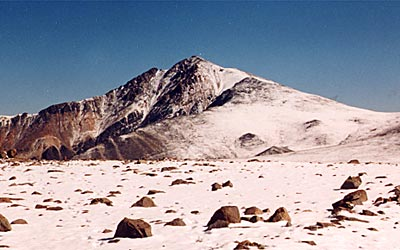 white-mountain-peak-00.jpg