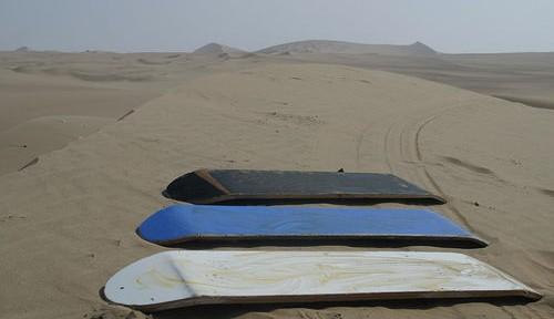 Sandboard-el-riesgo-de-las-dunas-del-desierto-500x288.jpg